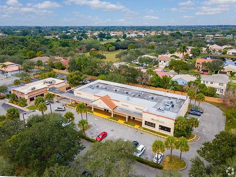 Stirling Palm Plaza - Tayco Management