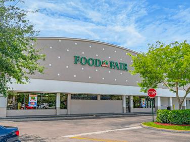 Palm Johnson Plaza