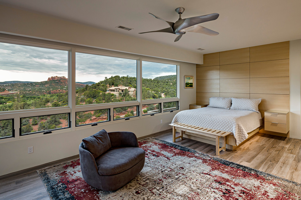 MASTER BEDROOM WITH ICONIC VIEWS