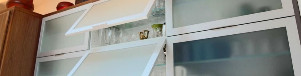 FLIP-UP GLASS CABINET DOORS