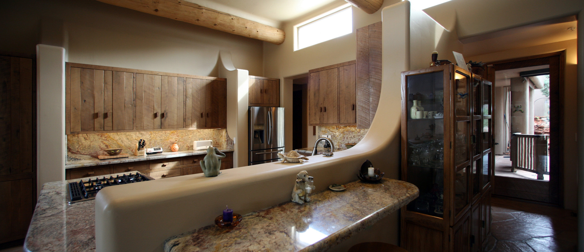 SOUTHWEST KITCHEN WITH SOFT LINES