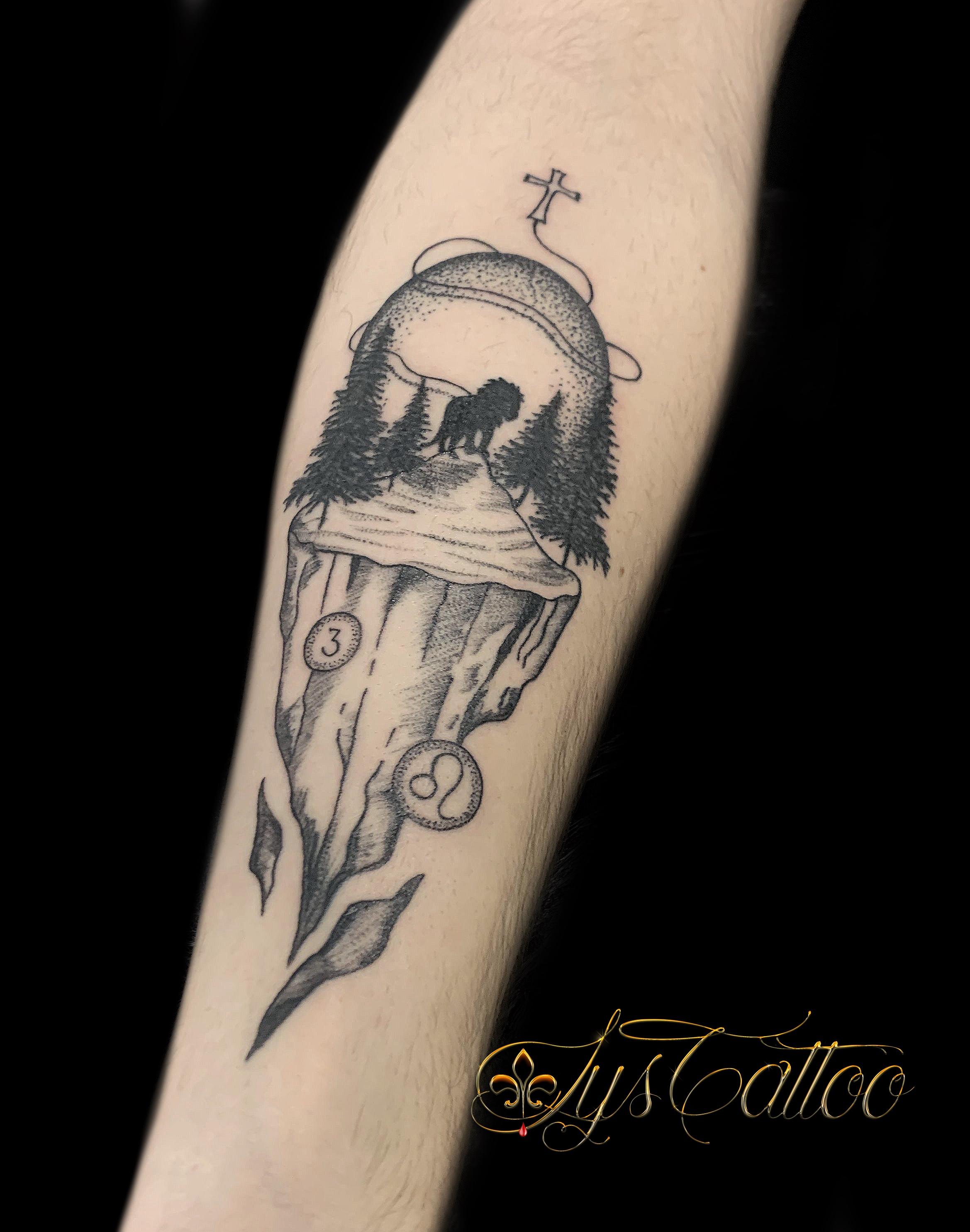 tatouage silhouette lion