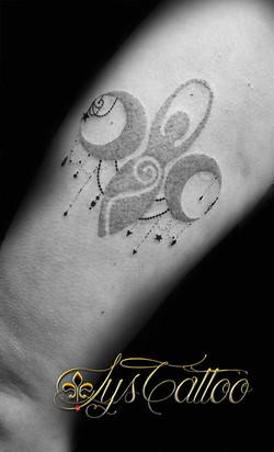 tatouage cuisse femme bassin d'arcac