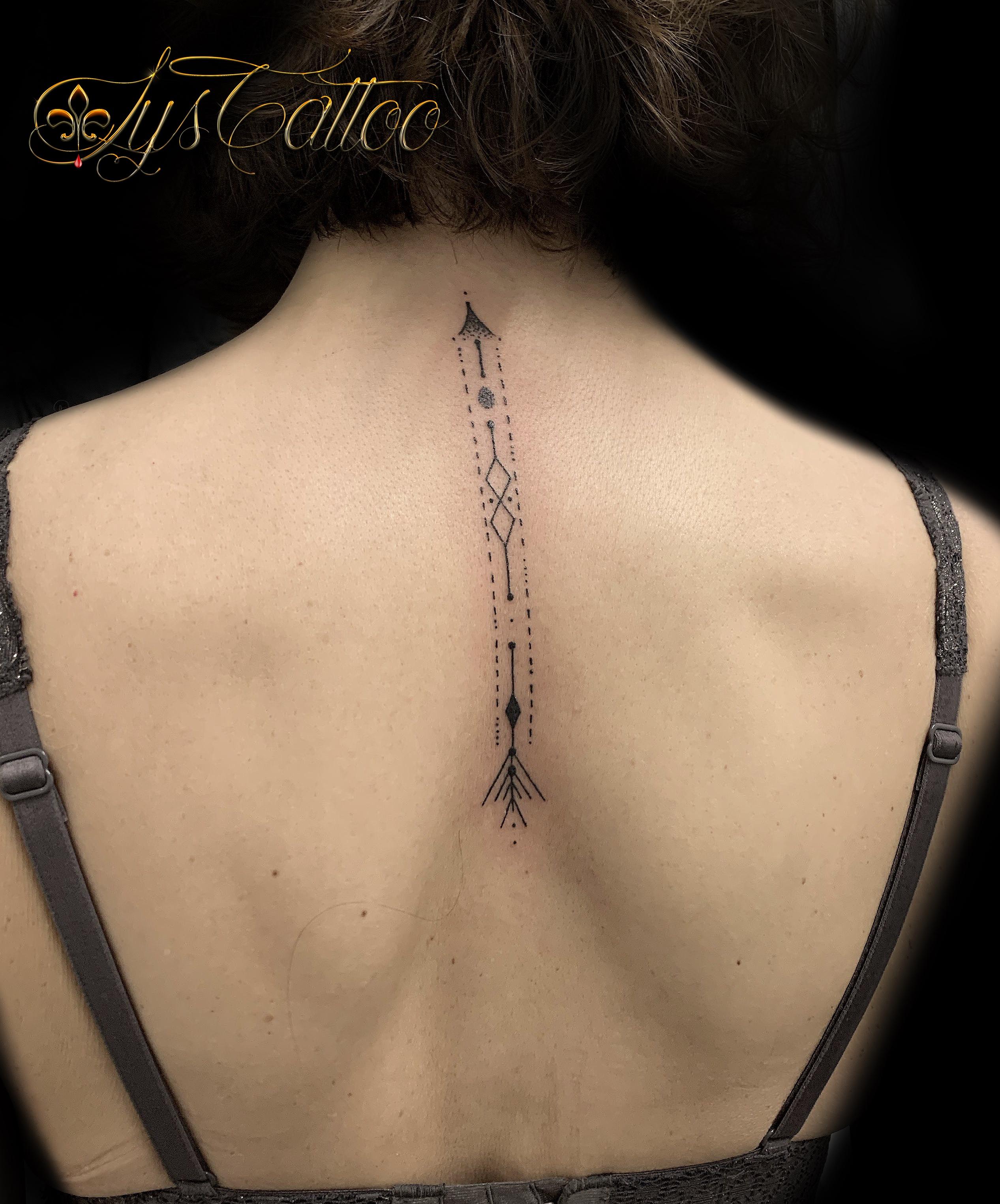 tatouage type fleche