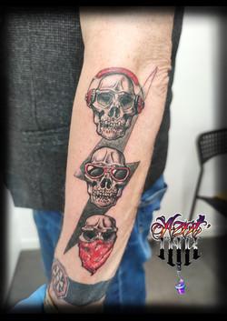 tatouage trois crânes à Bordeaux