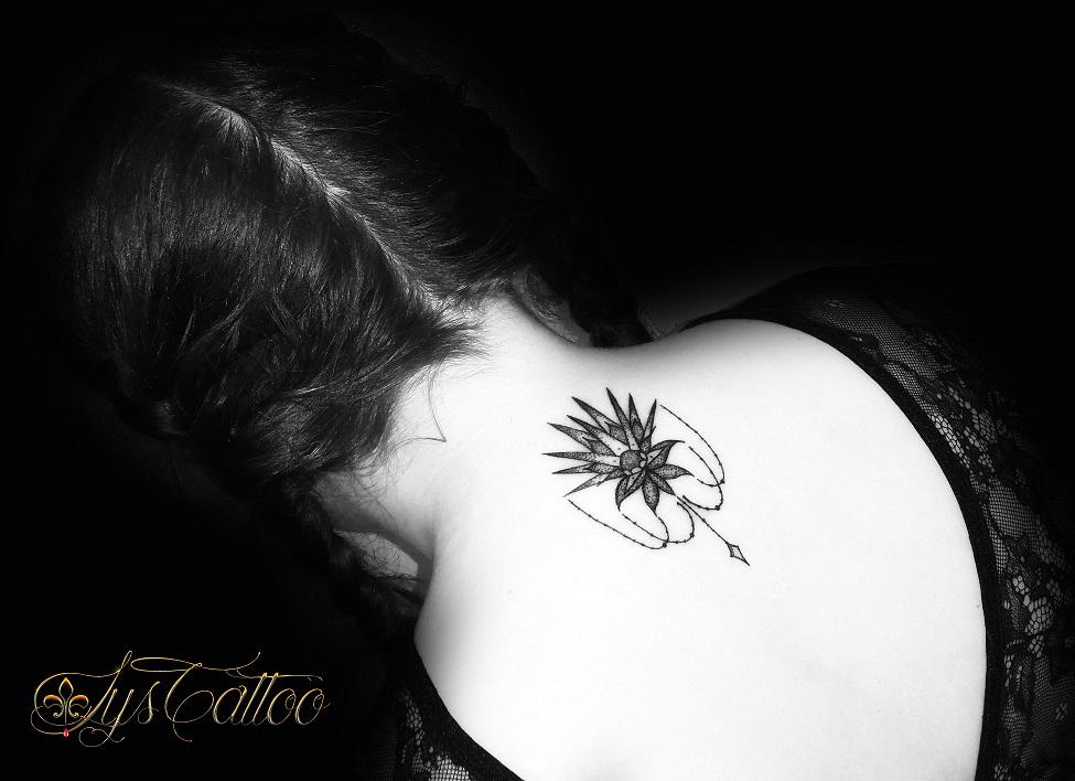 Tatoueur Bordeaux lys tattoo