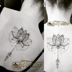 Tatouage fleur de lotus