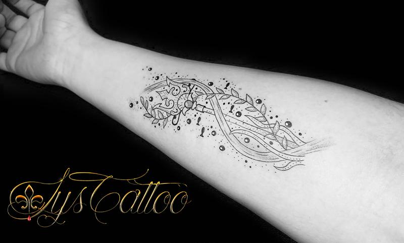tatouage trident bordeaux