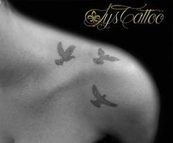 tatouage oiseaux mérignac