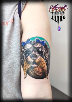 tatouage new school tete de chien à Bordeaux