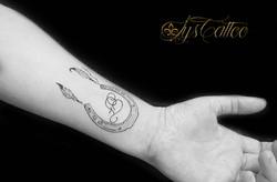 tatouage cheval bordeaux