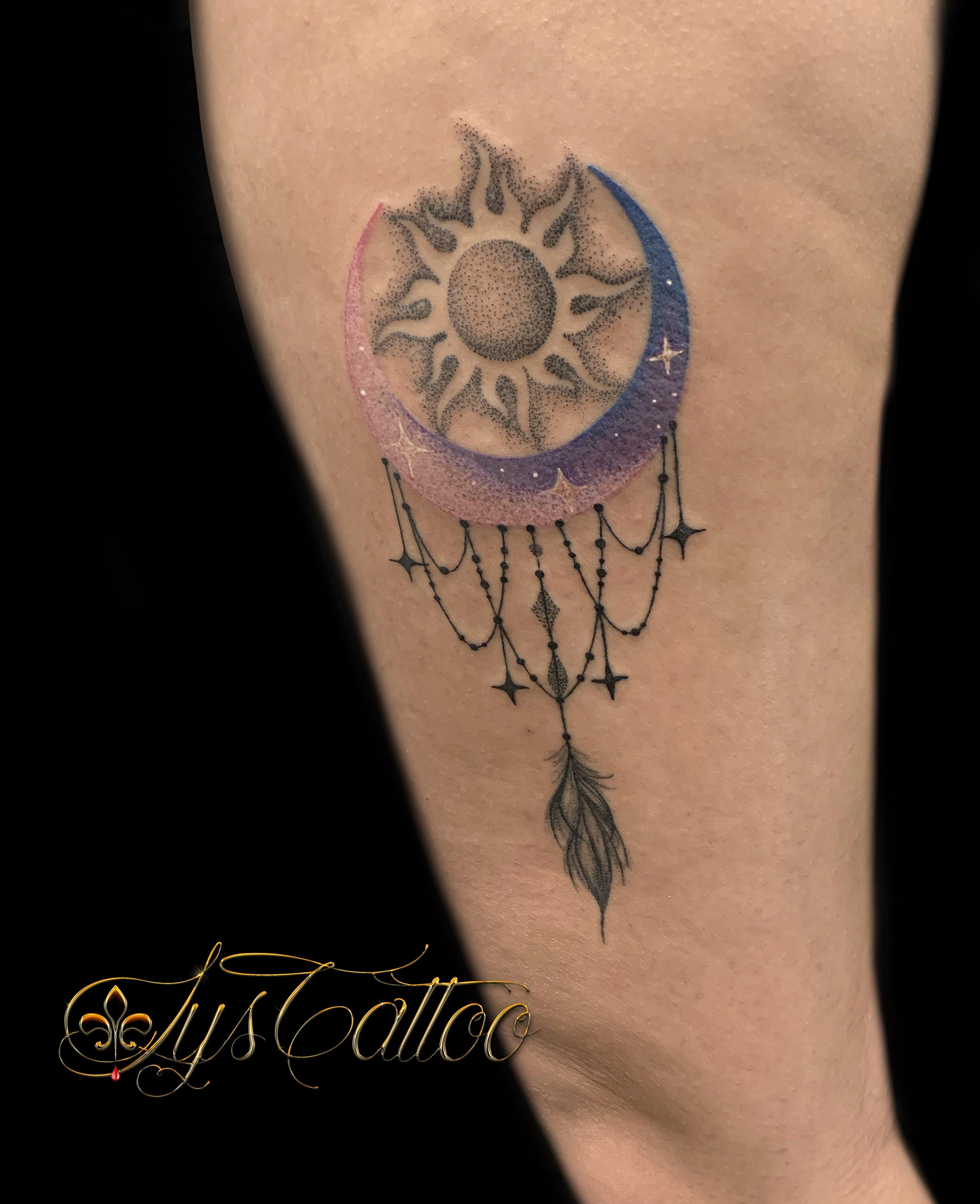 tatouage lune soleil couleur