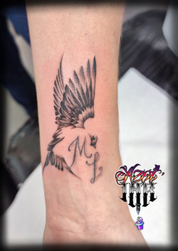 tatouage petit oiseau à Bordeaux
