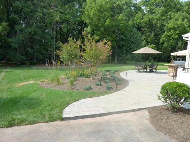 Interlocking paver patio
