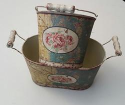 Vintage Pots 70p