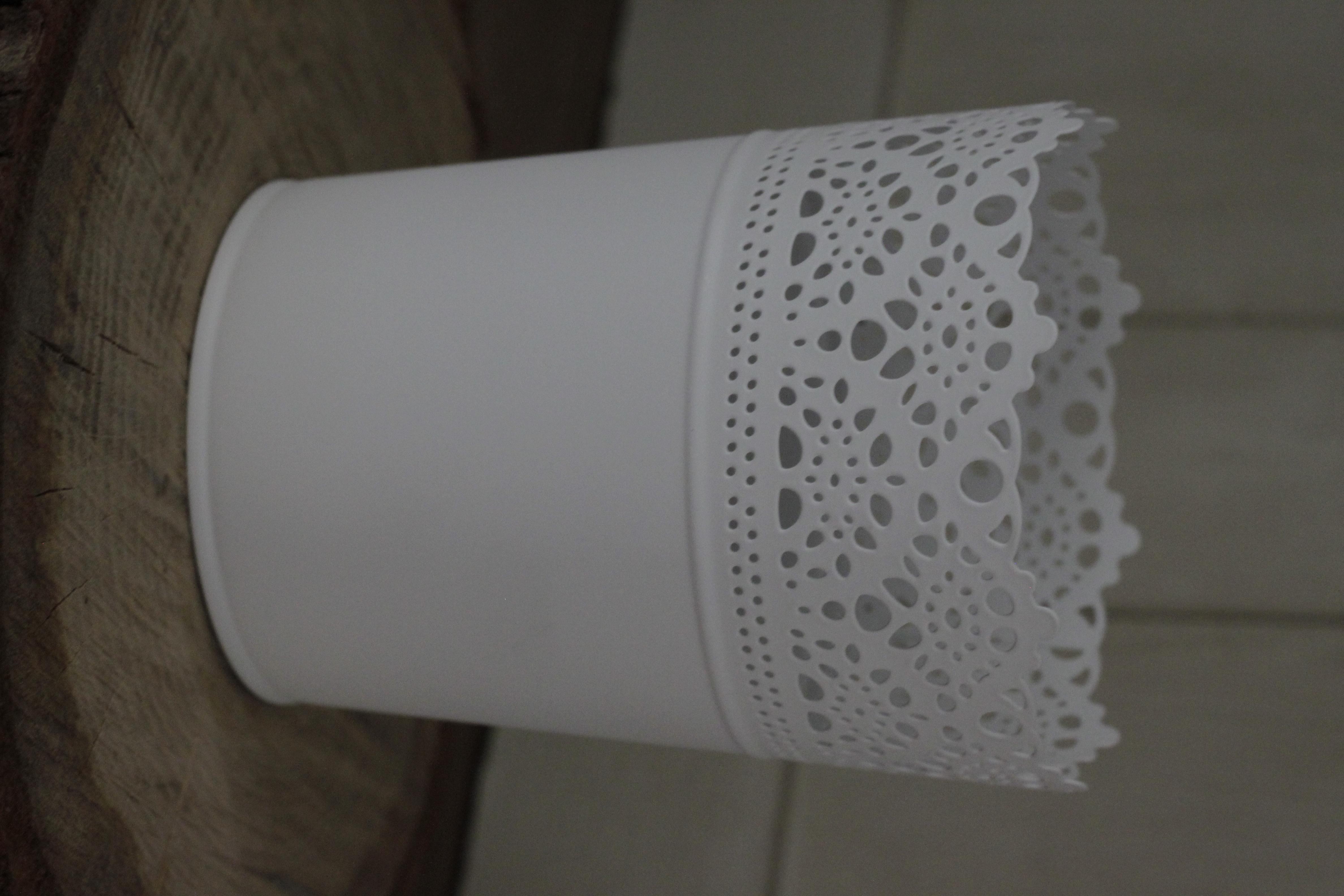 White Pot 40p