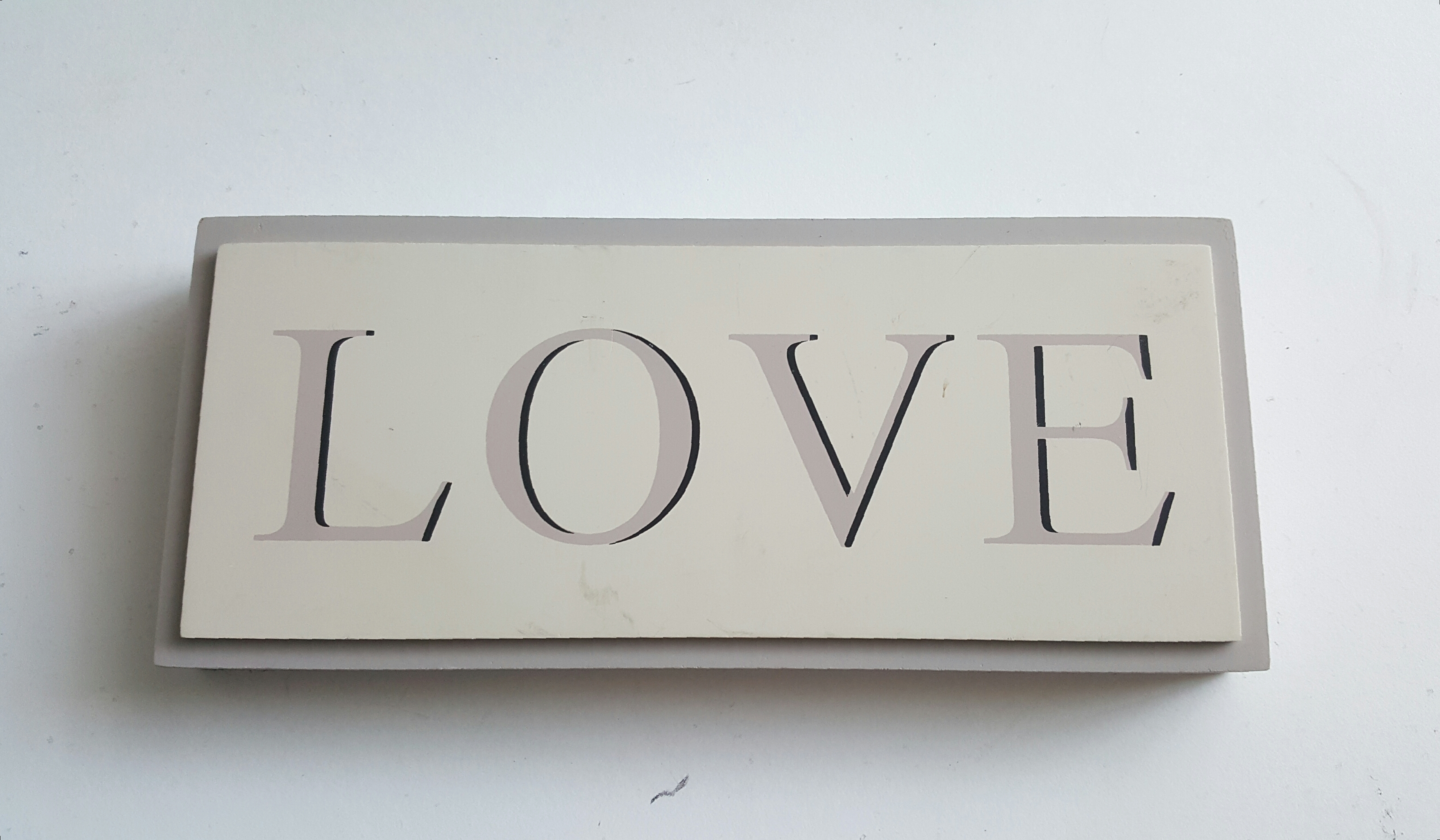 'Love' Picture Sign