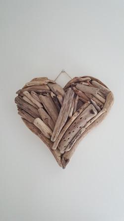 Medium Driftwood Heart - £8