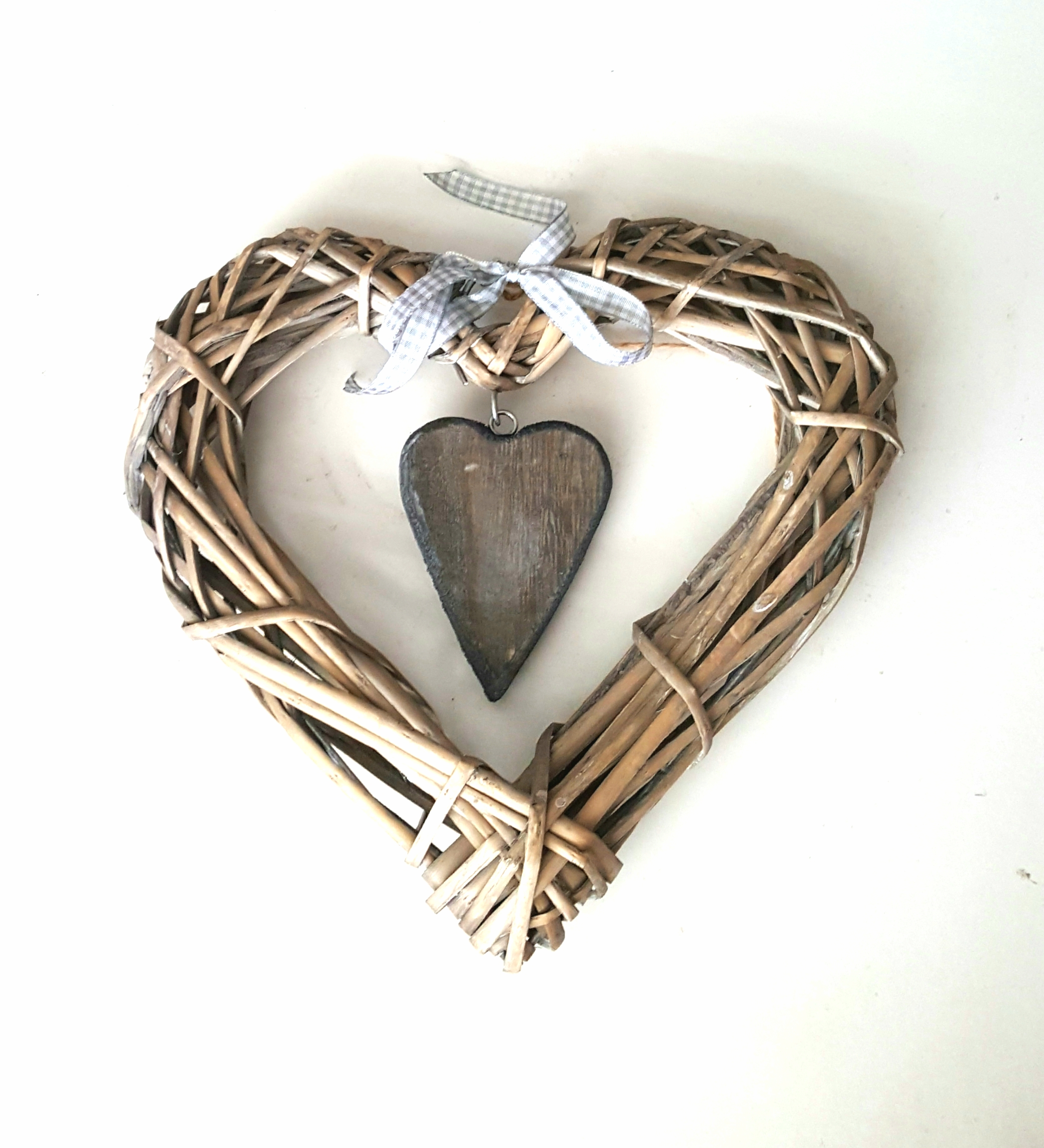 Wicker Heart 90p