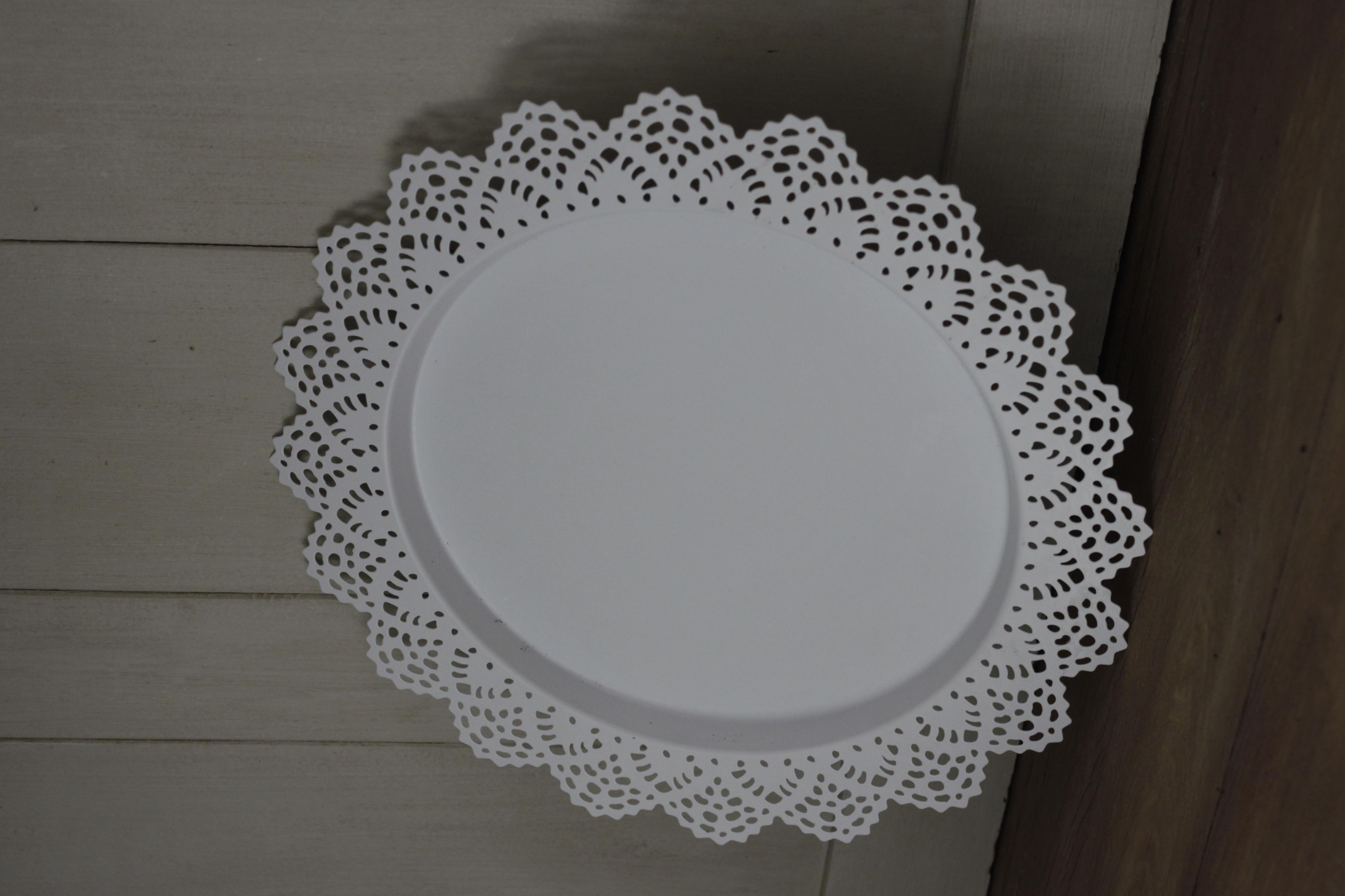 White Decorative Plate 30p