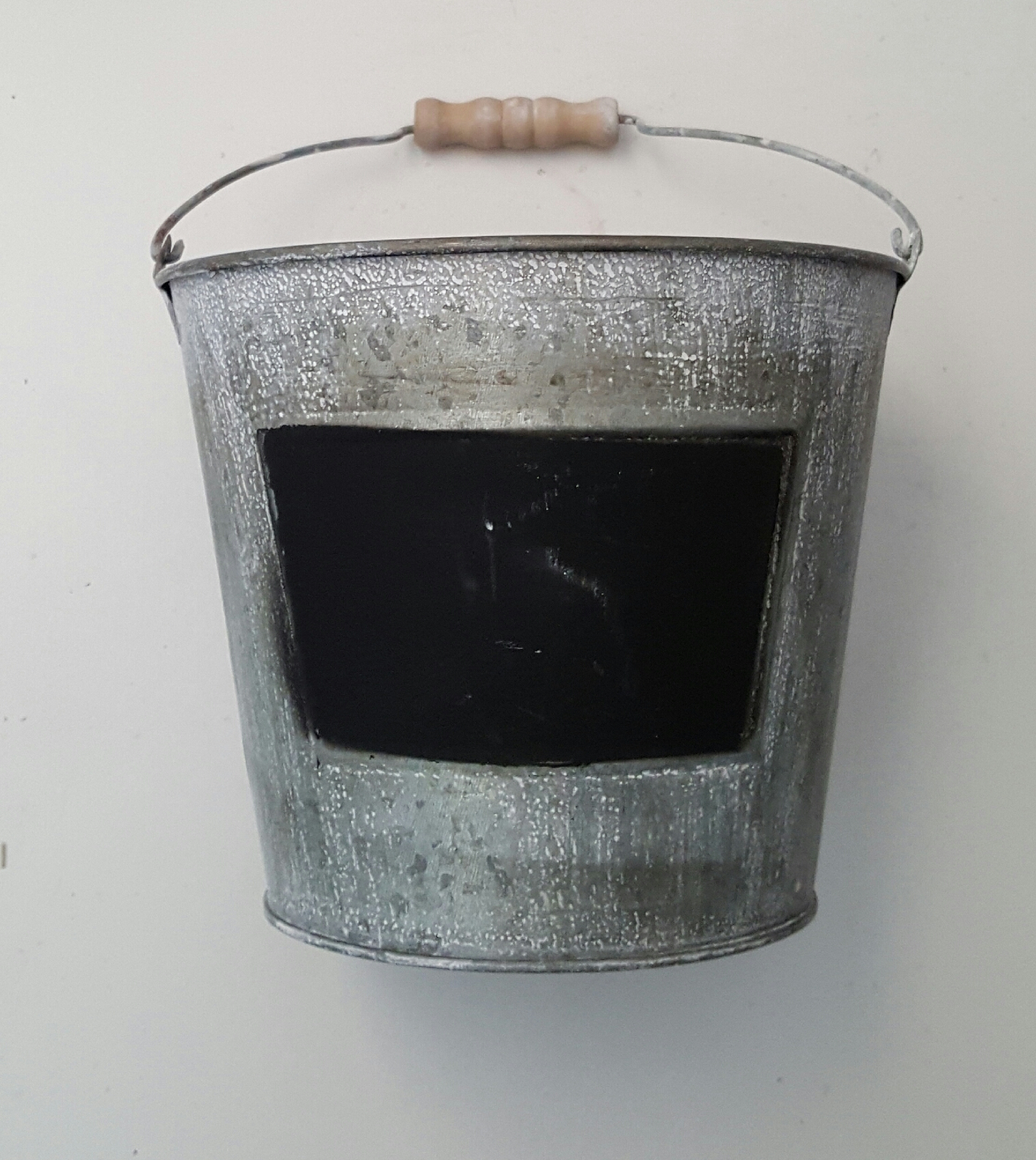 Bucket 80p