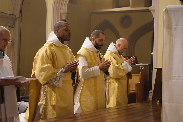 Marian Franciscans during the Latin Mass