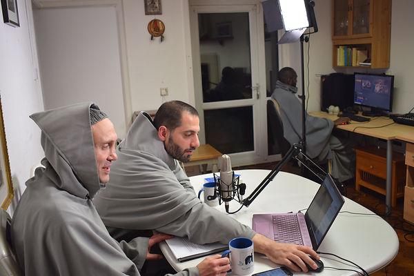 Marian Franciscans using the media