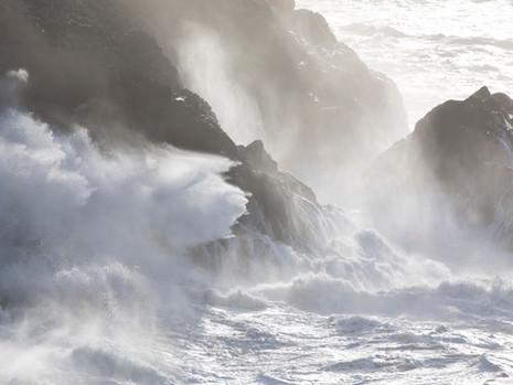 Heavy seas at Stinking Cove