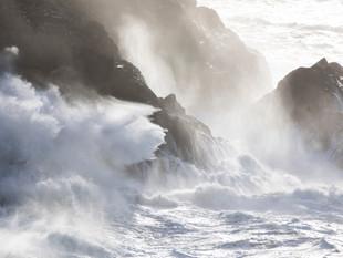 Storm waves at Trevose Head
