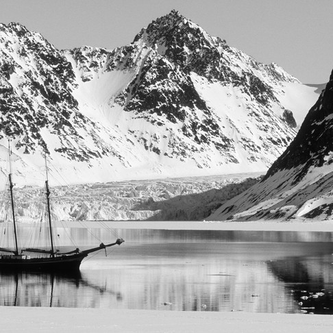 Expedition Voyage in Svalbard