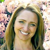 Episode 008 - Getting into alignment with your soul with Karen Baines