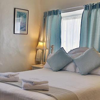 Thatch Cosy Double Room En-suite