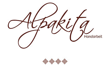 Frauenprojekt Alpakita stellt aus hochwertiger Wolle der Alpakas Handarbeiten für Frauen, Männer, Kinder, Babys und Puppen her.