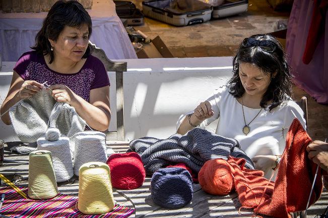 Strickfrauen Treffen in Caraz Peru 08.jp