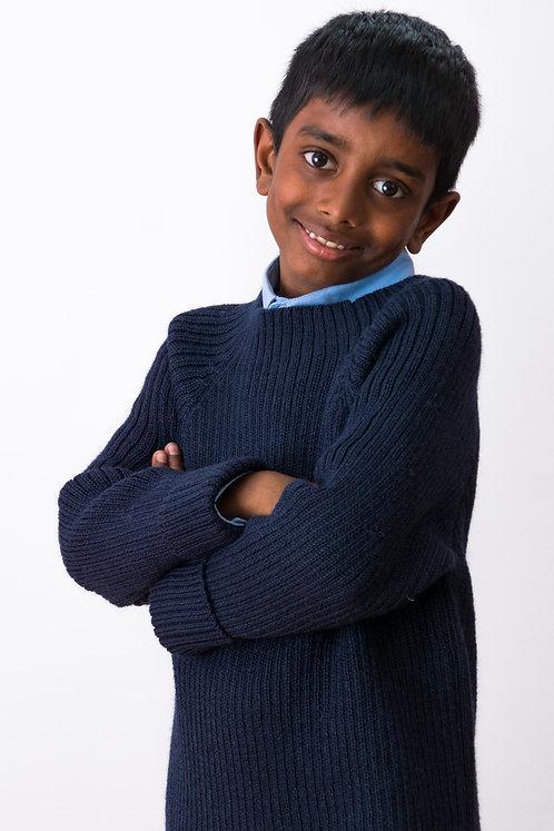 Strickmode für Kinder | Wolliger Pullover MOMO für Jungs | Alpakita Handarbeit
