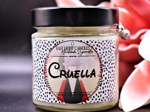 Cruella | Disney inspiriert | Duftkerze| Buchkerze | Scented Candle