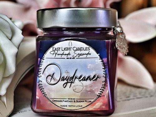 Daydreamer | Bookish Candle | Buchkerze |  Merch | Duftkerzen