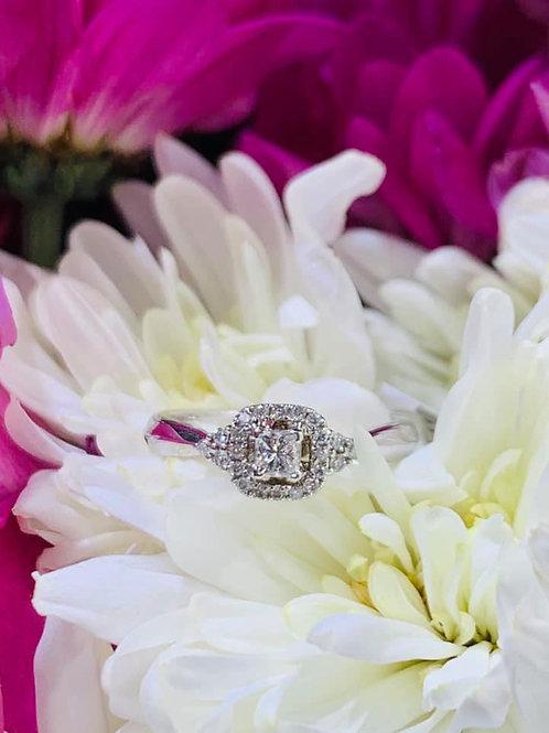 petite princess cut diamond engagement ring