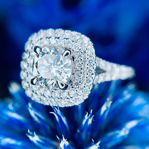 1.57 carats diamond engagement ring