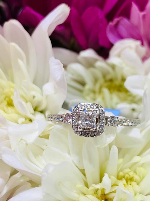 petite princess cut diamond engagement ring