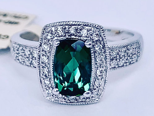 oval green tourmaline and diamond ring