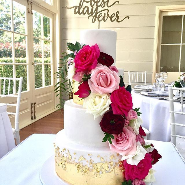 Repost from _adorneventhire using _RepostRegramApp - How gorgeous is this gold foiled cake by _jilli