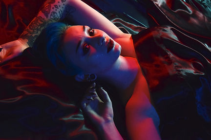 Model: Jacey Tomlinson