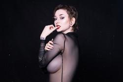 Model: Alina Reanna