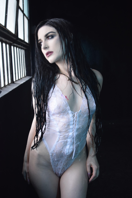 Model: Gaia Patra
