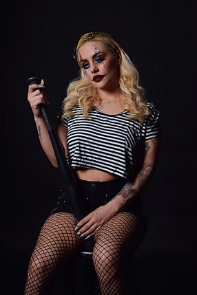 Model: Sarah Carrasco