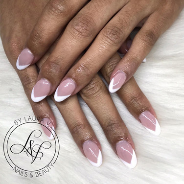 acrylic nails with french tip V