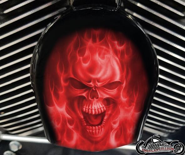 RED FLAMES SKULL (HORN)