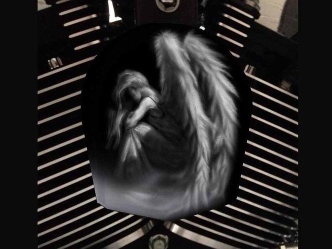 GRAY ANGEL (HORN)
