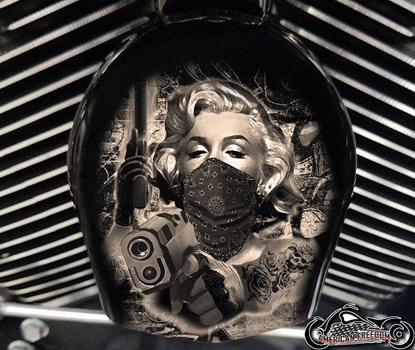 Marilyn Guns Sepia Tone (HORN)